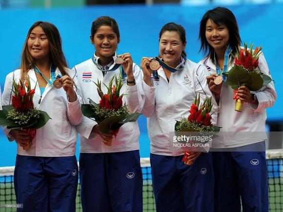 Noppawan Lertcheewakarn, Nudnida Luangnam, Tamarine Tanasugarn and Varatchaya Wongteanchai