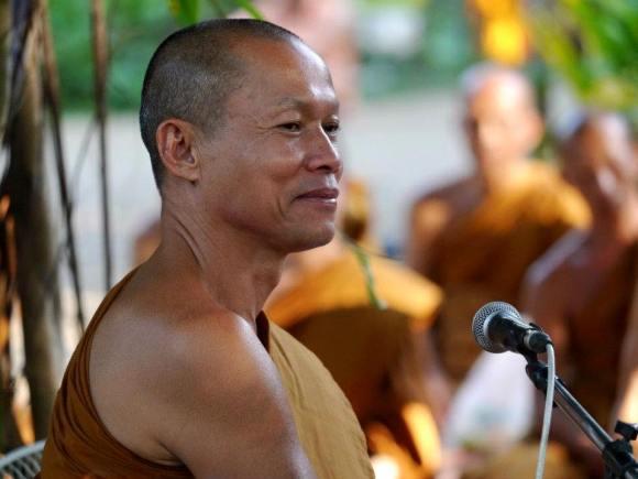 หลวงปู่พุทธะอิสระ (Buddha Isara) · 28 กรกฎาคม 2015 · มันมาแล้วพี่น้อง ๒๘ กรกฎาคม ๒๕๕๘