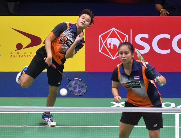 """badmintonthai - หญิงคู่รอบรองชนะเลิศ """"เบสท์"""" ชญานิษฐ์ ฉลาดแฉลม กับ """"จ๋อมแจ๋ม"""" ผไทมาส เหมือนวงศ์ คู่มืออันดับ 42 ของโลก ลงสนามพบกับ ดู้ หยู กับ ซื่อ หย่า คู่มือวาง 6 ของรายการ คู่มืออันดับ 61 ของโลกจากจีน 21-19,21-9 ใช้เวลาแข่งขัน 42 นาที"""